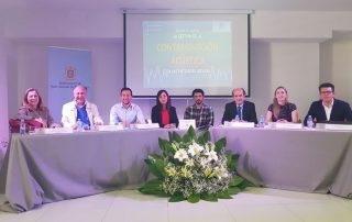 Participantes en el coloquio que tuvo lugar al finalizar la jornada. CARMEN PI :: diariodeibiza.es